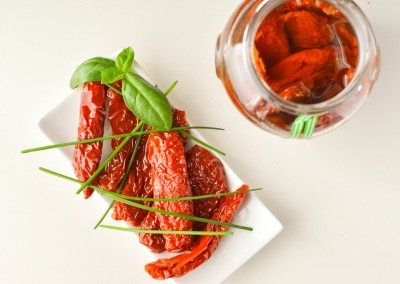 Sun dried tomatoes in olive oil